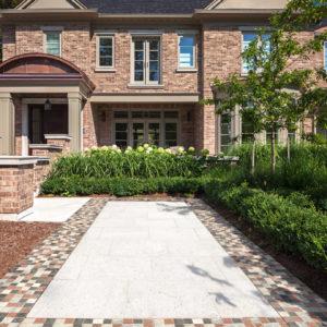 multi-colored stone walkway ideas