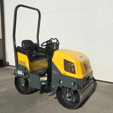 1.5 ton roller for rent
